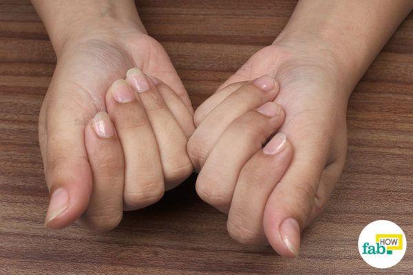 अब आप अपने हाथों में अंतर महसूस कर रहे होंगे