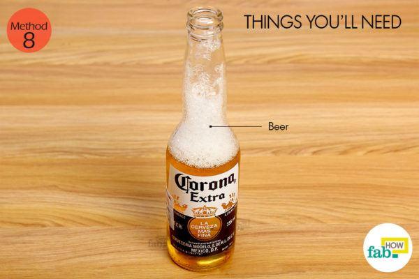 बीयर द्वारा उलझे और कड़े बालों से छुटकारा पाने के लिए आवश्यक सामग्री