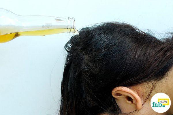 बालों पर बियर लगाइए