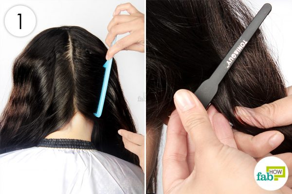 नोकदार कंघी की सहायता से बालों को कई भागों में बाँट लीजिये