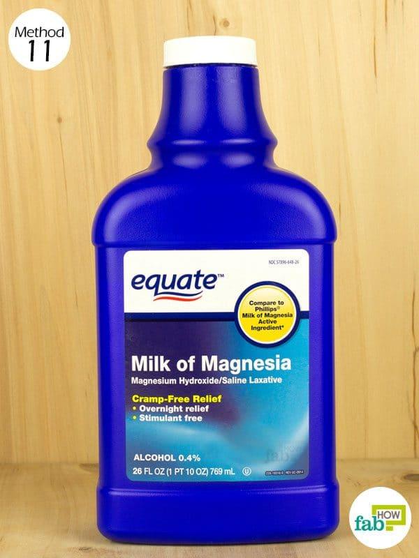 मैग्नीशियम हाइड्रॉक्साइड (मिल्क ऑफ़ मैग्नीशिया) को डायपर रैश पर लगाइए