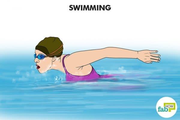 तैरने का व्यायाम कीजिये