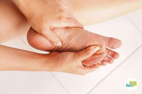 पैरों में दर्द के घरेलू इलाज