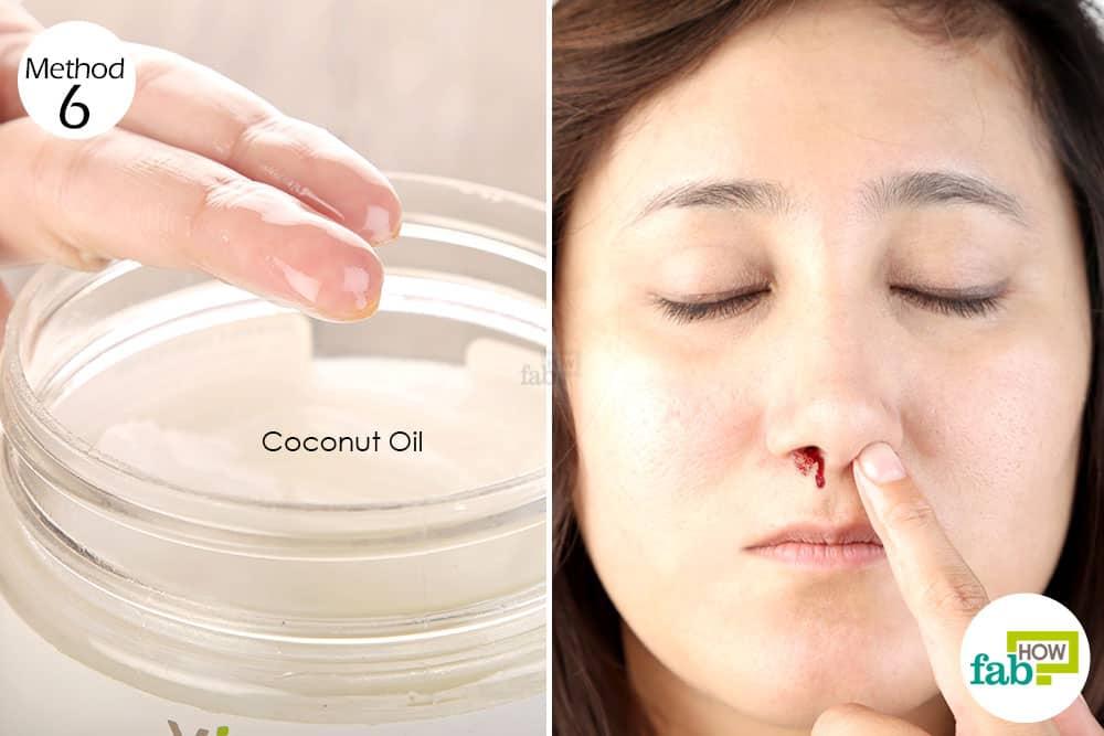नारियल तेल को नाक के अंदर लगाइए